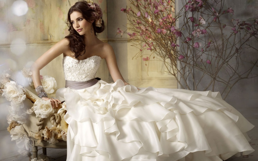 bride_dress_white_flowers_teresa_moore_moods_2560x1440_hd-wallpaper-340859.jpg